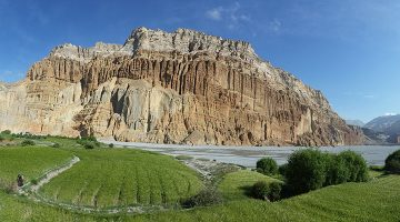 chhusang-valley-upper-mustang-trek
