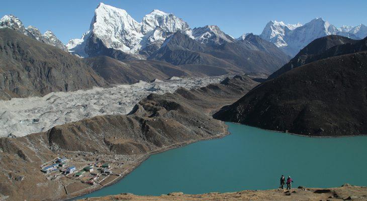 gokyo-lake-ngozumpa-glacier