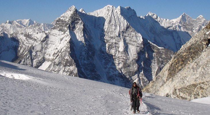 island-peak-climbing