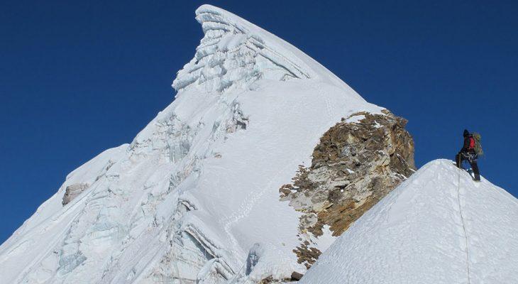 Lobuche peak summit with thick snow