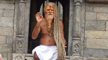 holy man in pashupatinath temple