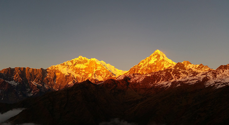 The sunset on the Annapurna mountain range from Ghorepani along the Poon Hill Ghandruk Trek