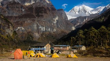 Stunning sceneries of boulder and mountain seen from Yangle Kharka in Makalu base camp trek