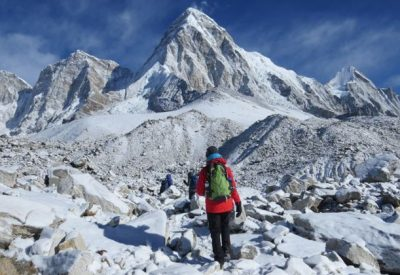 side trips to Kala Patthar viewpoint and Everest base camp