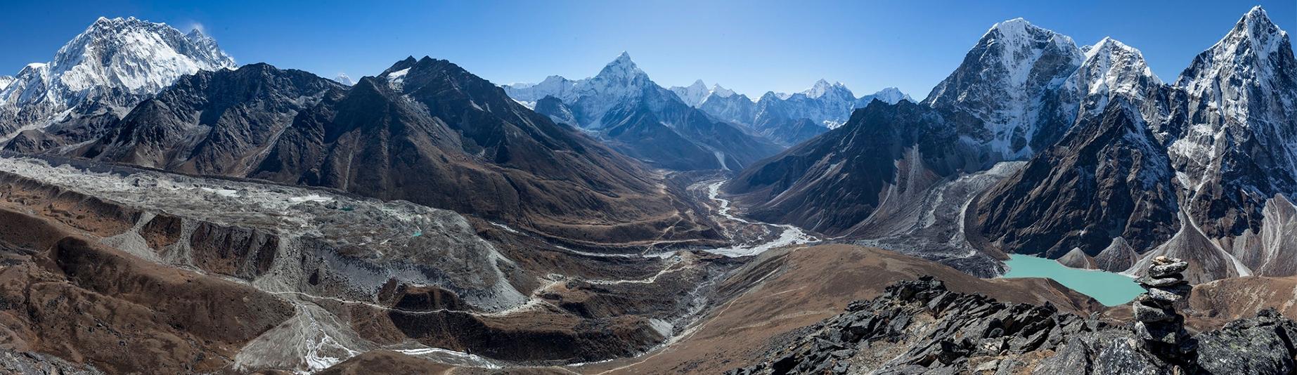Awi peak, offers superb mountain vista and Khumbu valley in Everest region trekking.