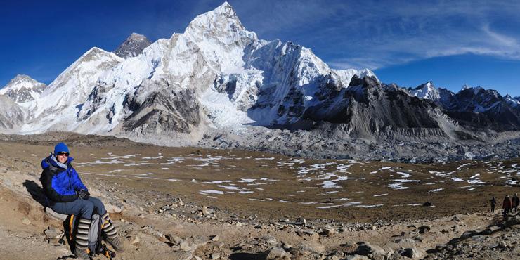 Panoramic mountain view seen en route of Kala Patthar viewpoint