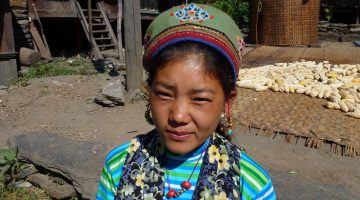 Tamang girl photo taken en route of Short Langtang valley trek